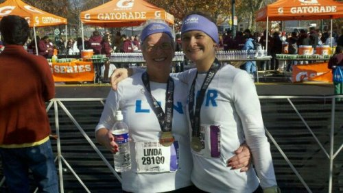 laur n mom philly half